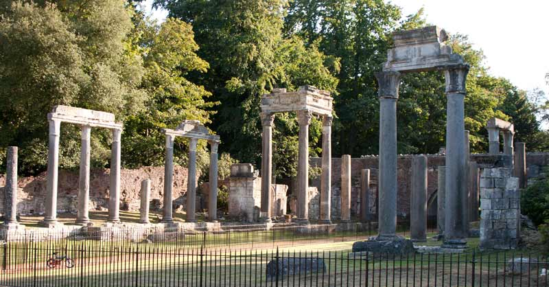 Roman temple folly