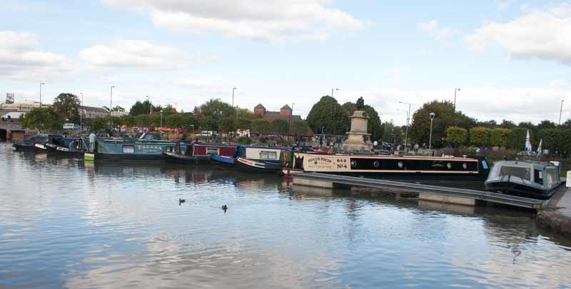 Stratford upon Avon canal basin